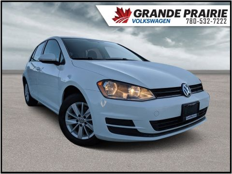 Pre-Owned 2016 Volkswagen Golf